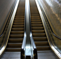 VZVA: ESCALATOR 2013